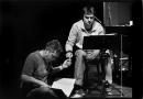 """Nederland, Alphen aan de Rijn, 2004Thomas Acda en Paul de Munnik, repetitie rock opera """"Ren Lenny, Ren'Foto Bob Bronshoff"""