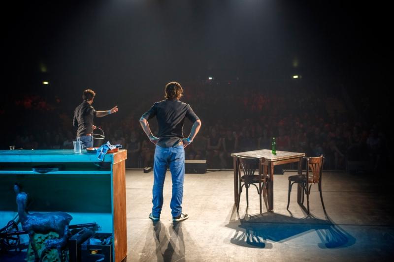 Nederland,Biddinghuizen, 2015 Schudden,  Lowlands 2015, Hekwerk theaterproducties Foto: Bob Bronshoff