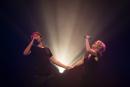 Nederland,Ijsselstein, 2014Löyly , Remko Vrijdag en Martine Sandifort,Fulcotheater, Ijsselstein. Hekwerk theater produkties.Foto: Bob Bronshoff