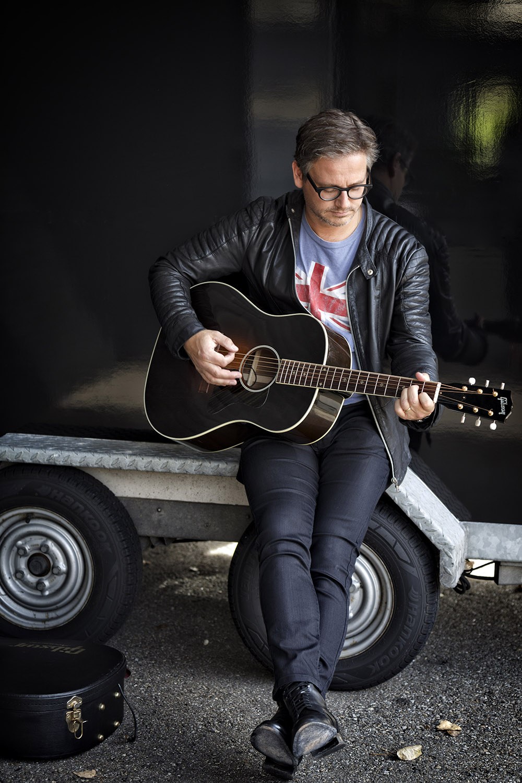 Nederland,Baarn, 2015 Guus Meeuwis, zanger, muzikant Foto: Bob Bronshoff